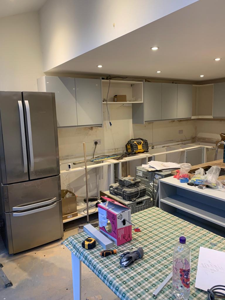 bromley kitchen fitter